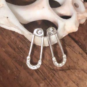 Beautiful Sterling Silver Earrings w/ Rhinestones.